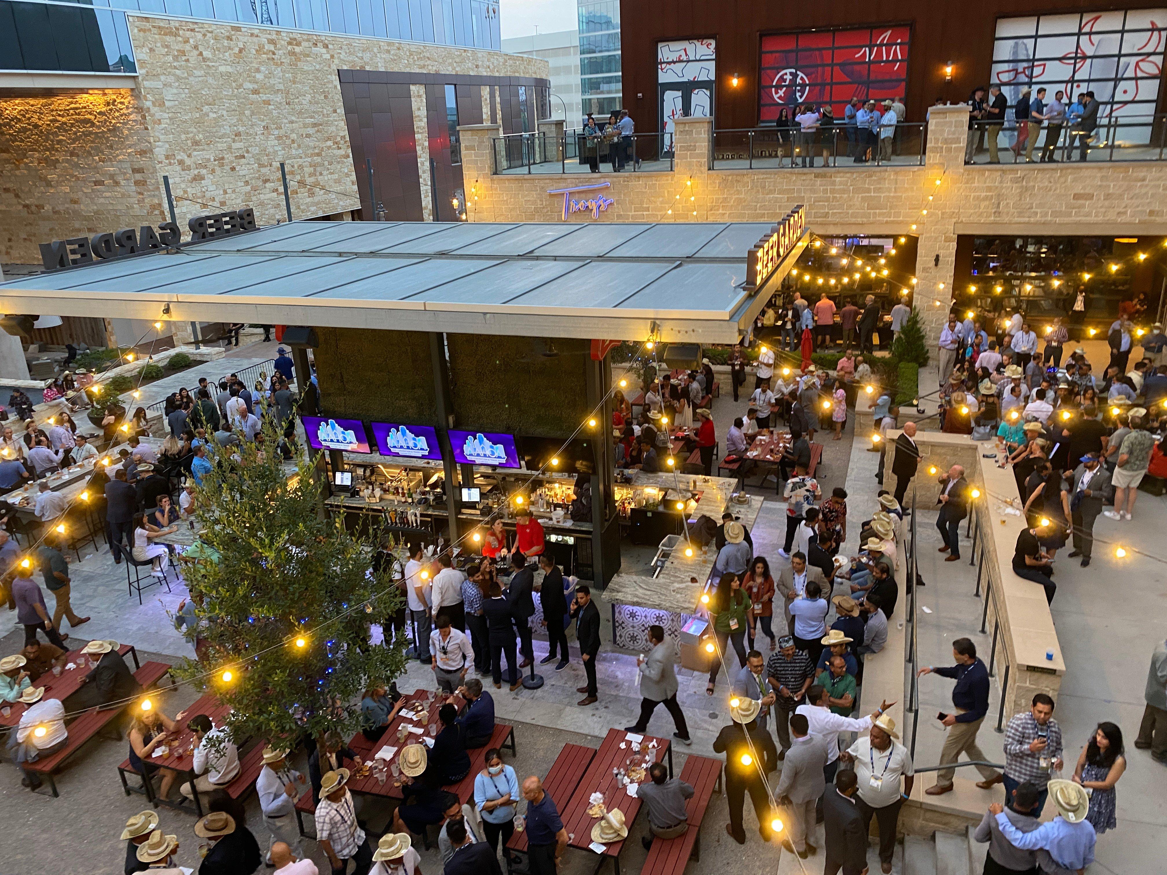 HotelFurniture.com at AAHOACON TexasLive